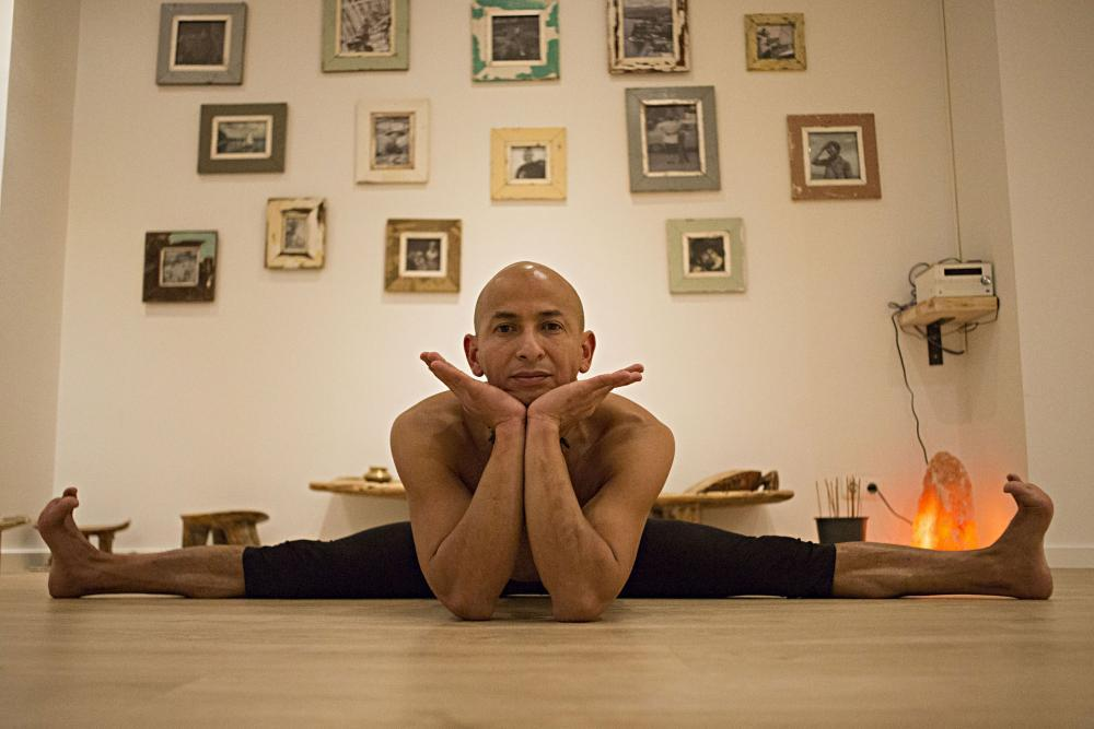 xavi moya foto video yoga cesar caldera