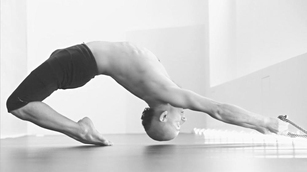 xavi moya foto video yoga volatil