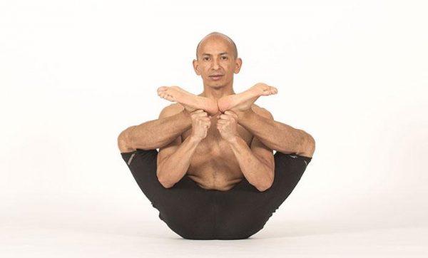 cesar_caldera_xavi_moya_yoga